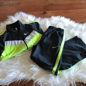 Nike Long Sleeve Neon yellow and grey 2 Piece Set